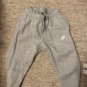 Unisex Nike jogger sweats